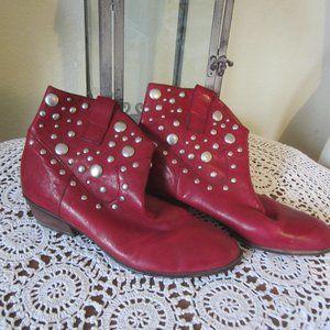 Franco Sarto 8.5M burgundy silver studded boots